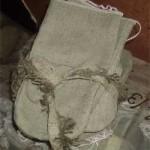 Связка брезентовых рукавиц